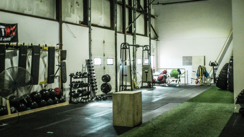 various crossfit gym equipment