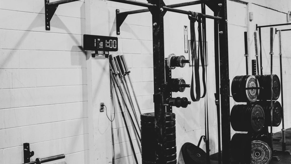 crossfit rack and weights